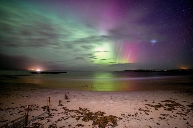 aurora-boreal-desde-una-playa