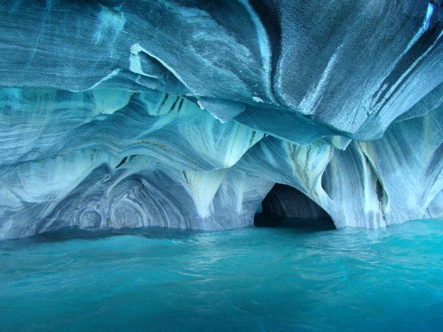 cuevas-de-marmol-chile