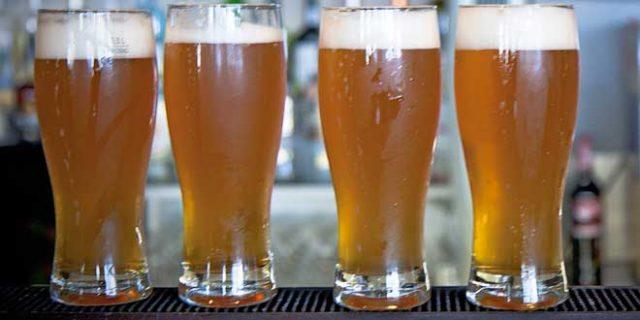 ¿Por qué no se envasa en plástico la cerveza?