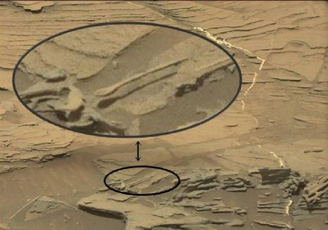 floating-spoon-mars-curiosity-mars-rover-1