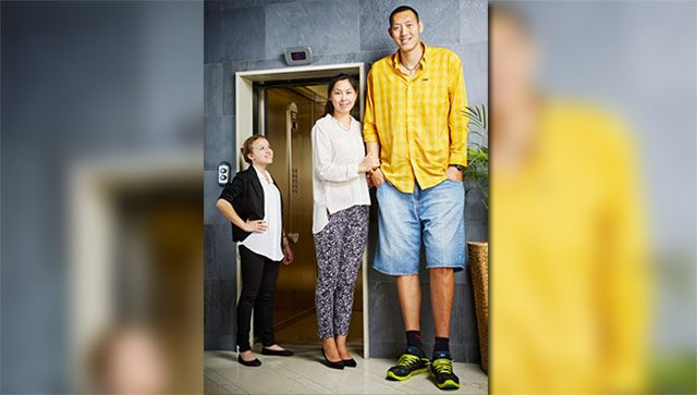 tall-af-couple