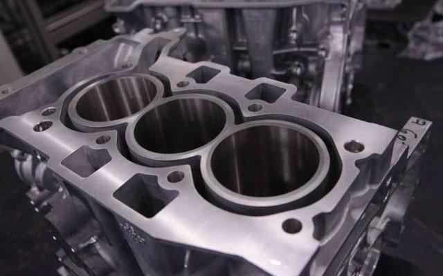El timo de los motores tricilindricos